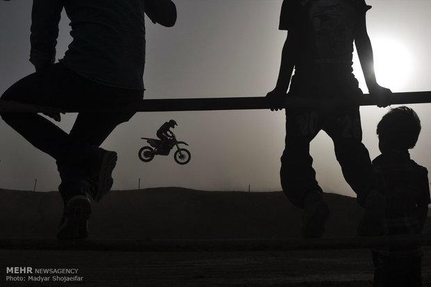 مسابقات قهرمانی موتورکراس در اهواز