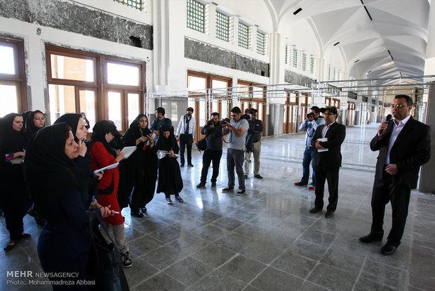 بازدید خبرنگاران از مراحل آماده سازی نمایشگاه کتاب