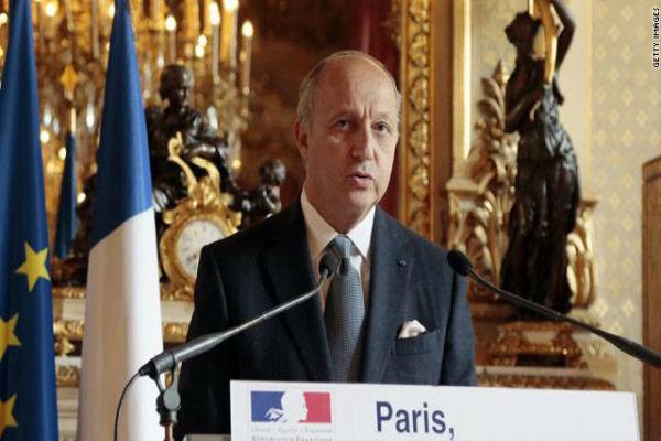 وزير الخارجية الفرنسي يعلن انه سيتوجه قريبا الى ايران