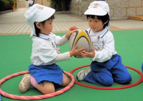 1677800 در این کشور کودکان هم کنکور می دهند!