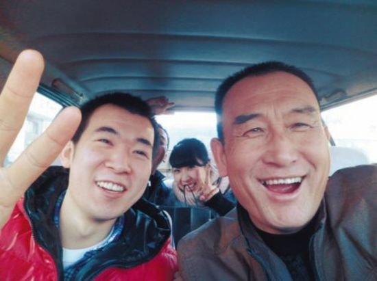 Uncle-Teng-selfies3.jpg