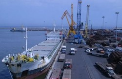 A-cargo-ship-docks-at-Irans-Chabahar-Free-Trade-Industrial-Zone..jpg