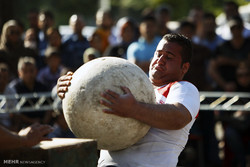 مسابقات قویترین مردان استان مرکزی در اراک برگزار شد