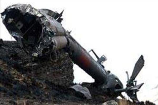 سقوط بالگرد در کشمیر/ خبر بمبگذاری در هواپیمای پاکستانی