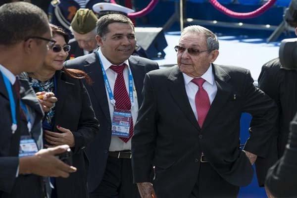 «رائول کاسترو» وارد واتیکان شد