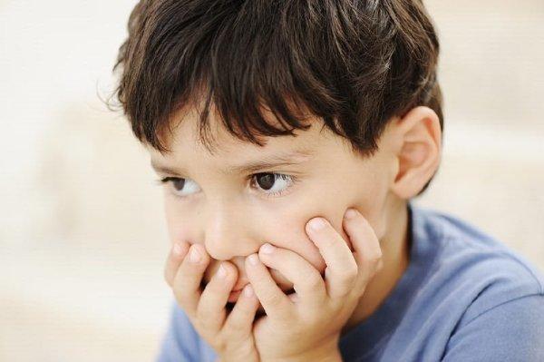 کودکان اوتیسمی به چشم ها نگاه نمی کنند
