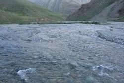 مطالعه آب های سطحی در  مسیر گسل های فارس