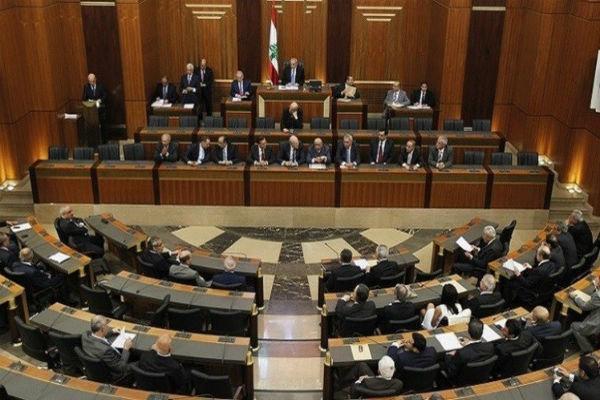 تاکید فراکسیون وفاداری به مقاومت لبنان بر تسریع روند تشکیل دولت