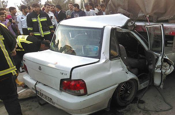 پاکستان کے علاقہ  بنوں میں کار حادثے میں 6 افراد ہلاک
