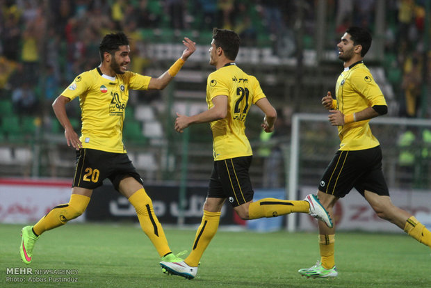 Sepahan grabs 3 points, Daei