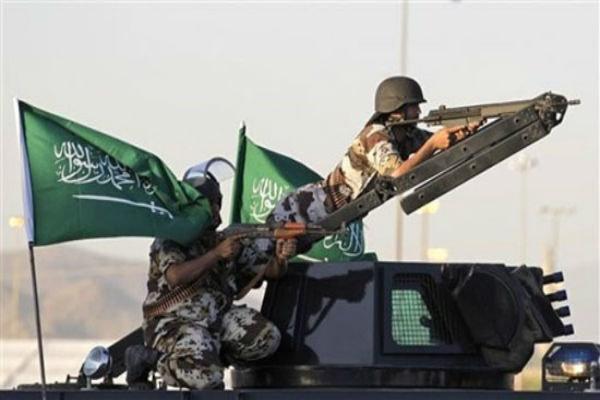 دو نظامی سعودی در حمله افراد مسلح ناشناس کشته شدند