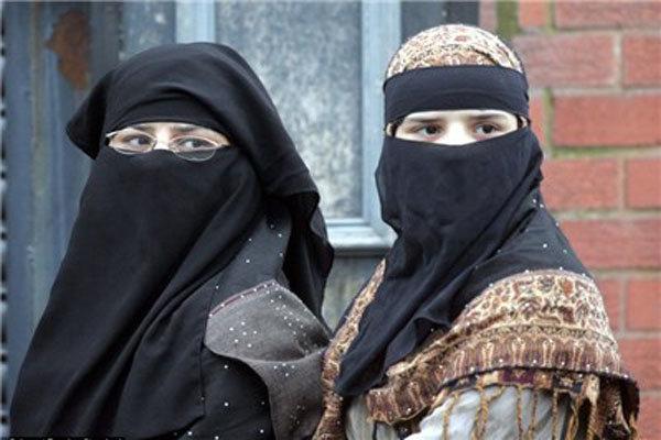بھارت میں برقعہ پر پابندی لگانے کا مطالبہ