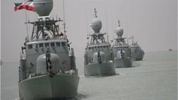 القوة البحرية الايرانية تحبط هجومين للقراصنة في خليج عدن