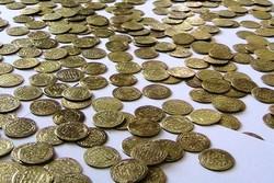 بالغ بر ۲۹۰۰ عدد سکه مربوط به دوره اسلامی در دهگلان کشف و ضبط شد