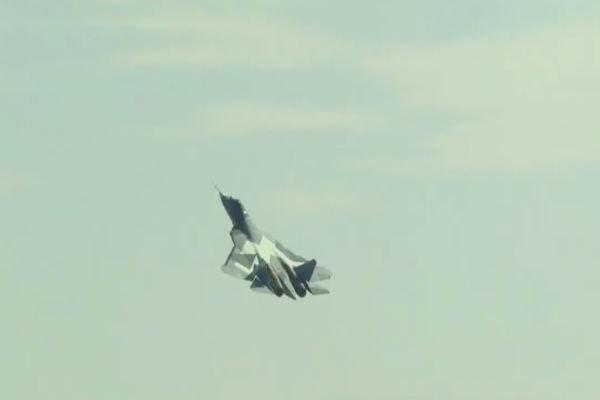 ماذا لو صدقت الانباء وشاهدنا الطائرات الروسية في الاجواء السورية ؟!