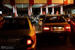 قاچاق سوخت به آن سوی مرزها و صفوف طولانی در این سوی مرز