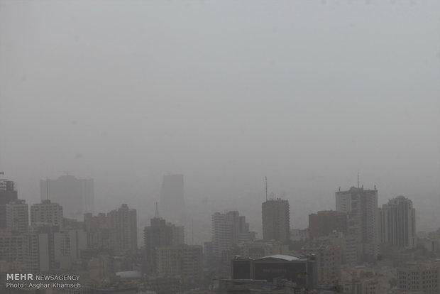 هوای برخی شهرها در وضعیت «هشدار» قرار گرفت