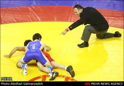 تسعة حكام ايرانيين بالمصارعة يشاركون بتحكيم المسابقات الاوروبية
