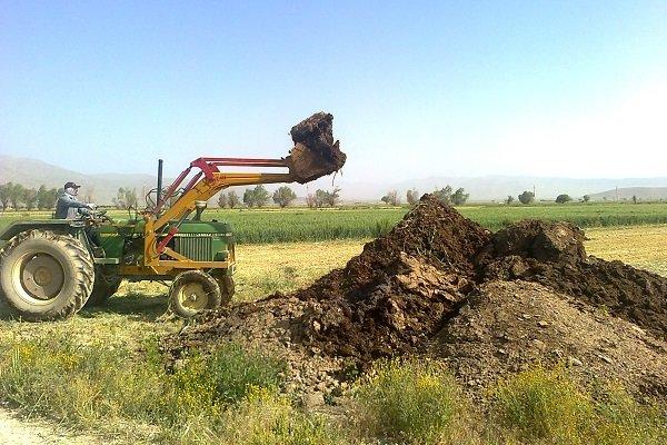 استفاده از کود مرغی خام در اراضی زراعی شهرستان کنگان ممنوع شد