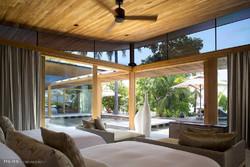 هتل جزیره ای در مجمع الجزایر مالدیو