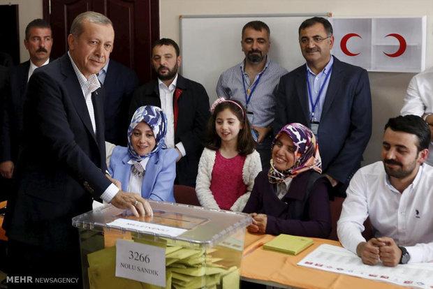 حزب أردوغان يخسر الأغلبية المطلقة