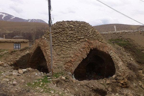 حمام تاریخی روستای درو.jpg