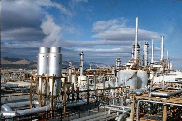 Asya ve Avrupalılar İran petrolü üzerine rekabete girişti