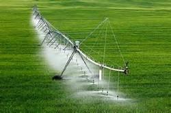 تبدیل آبیاری۸۰درصد از اراضی بهارستان ازسنتی به تحت فشار وقطره ای