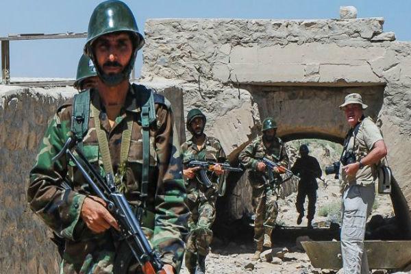 الجيش السوري يوقع ۱۰۰ إرهابي بين قتيل ومصاب في مدينة بصرى الشام