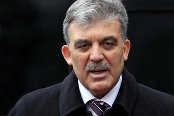SP'li yönetici: Gül'ün adaylığına CHP sıcak, Akşener iknaya çalışılıyor