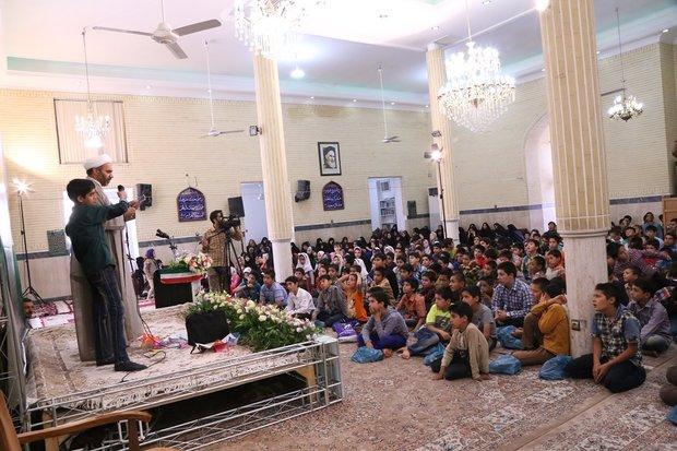 سبک زندگی اسلامی در بقاع متبرکه آموزش داده می شود