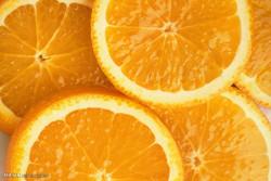 مصرف روزانه پرتقال از کاهش بینایی پیشگیری می کند