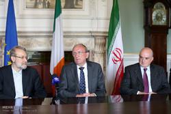 نشست خبری رئیس مجلس ایرلند شمالی با علی لاریجانی