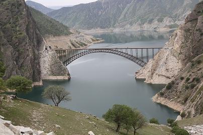 تدشين اكبر جسر مقوس  في ايران