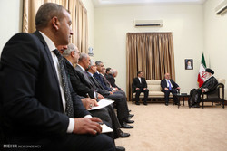 استقبال قائد الثورة الاسلامية رئيس الوزراء العراقي