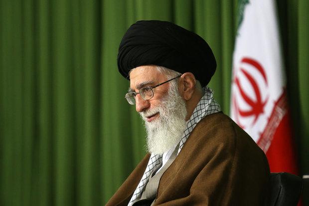 قائد الثورة يشكر الحضور الملحمي للشعب الايراني في تشييع رفات الشهداء