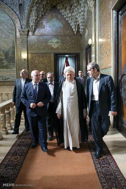 دیدار نخست وزیر عراق با رئیس مجمع تشخیص مصلحت نظام