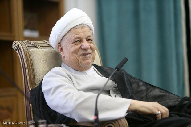 رفسنجاني ينتقد الجهل السياسي لدول اسلامية تتعاون مع الصهاينة