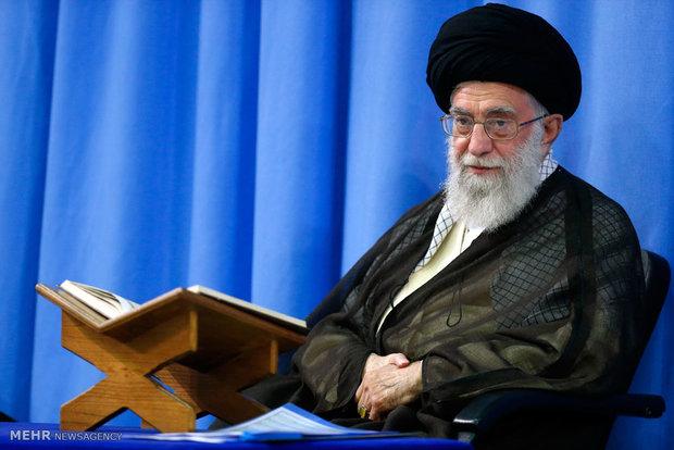 قائد الثورة الاسلامية يؤكد على التدبر في المفاهيم القرآنية