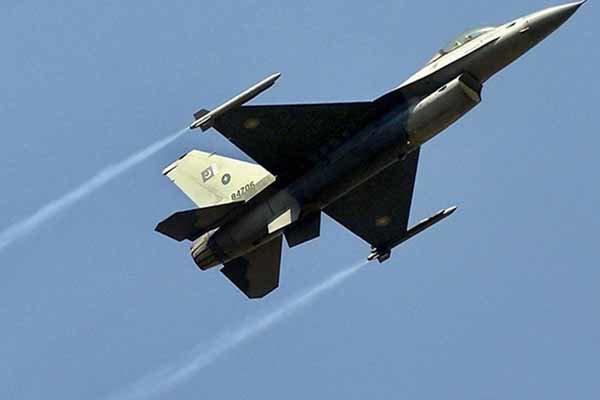 پاکستانی جیٹ طیاروں کی بمباری میں 18 وہابی دہشت گرد ہلاک