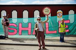 برطانیہ میں شیل گیس کے استخراج پر احتجاج