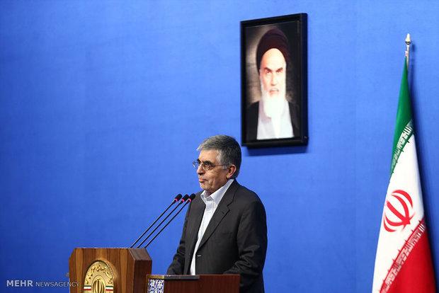 ضیافت افطاری رئیس جمهور با جمعی از فعالان سیاسی اصلاحطلب و اصولگرا