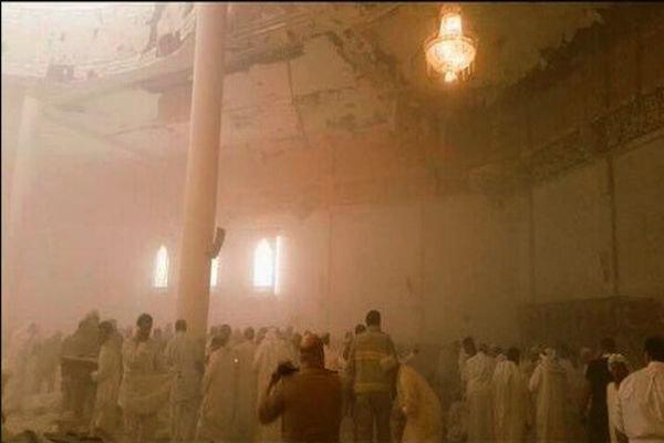 شهداء وجرحى بتفجير انتحاري استهدف مسجد الإمام الصادق (ع)  بالكويت