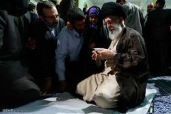 """ماذا قال الطفل الايراني """"بارسا"""" لقائد الثورة الاسلامية /فيديو"""