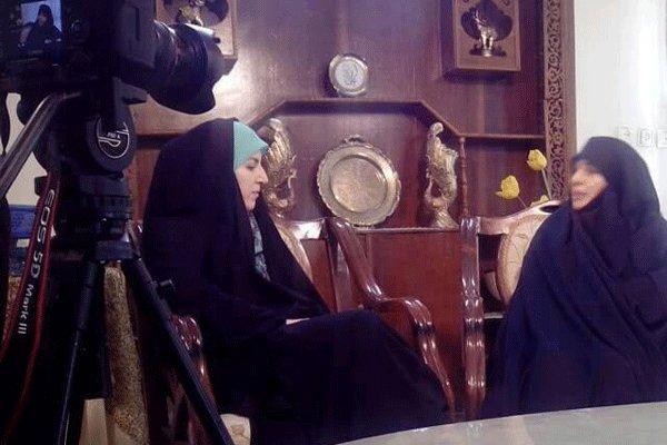مجری شبکه دو مجری تلویزیون بیوگرافی سارا صفالو بیوگرافی ثمین صفالو از لاک جیغ تا خدا