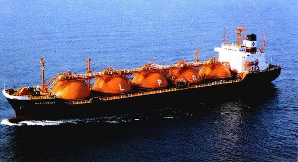 اتفاق بين ايران واسبانيا لتصدير الغاز الطبيعي المسال الايراني الى اوروبا