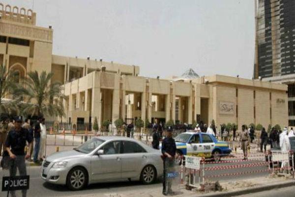 """الكويت تقر بالحاجة إلى """"الكثير من العمل"""" للحد من تمويل المتطرفين"""