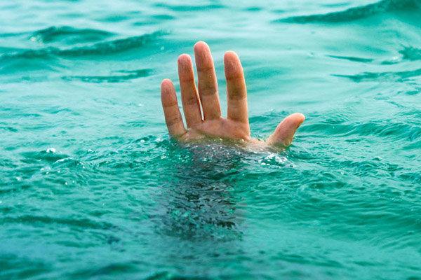 شنای مرگبار دو نفر در شهرستان مرودشت