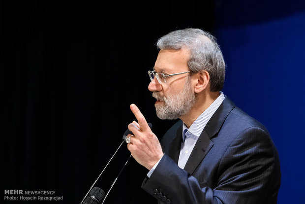 Larijani urges Parl. off 'political' reviewing of N-deal