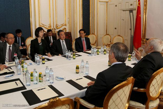 دیدار وزرای امور خارجه ایران و چین در وین